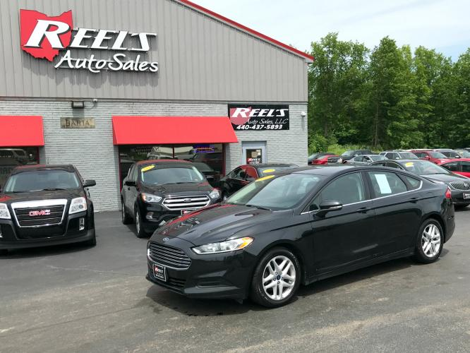 2015 Black /Black Ford Fusion SE (3FA6P0H77FR) with an 2.5L L4 DOHC 16V engine, Automatic transmission, located at 547 E. Main St., Orwell, OH, 44076, (440) 437-5893, 41.535435, -80.847855 - Photo #0