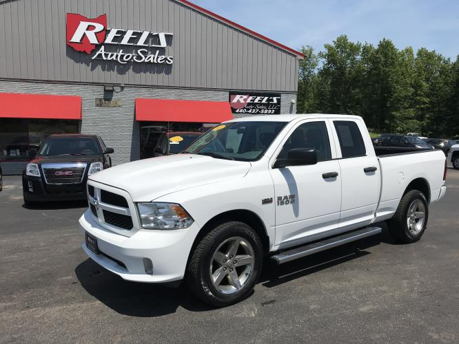 2013 White RAM 1500 Tradesman Quad Cab 4WD (1C6RR7FT6DS) with an 5.7L V8 OHV 16V engine, 6-Speed Automatic transmission, located at 547 E. Main St., Orwell, OH, 44076, (440) 437-5893, 41.535435, -80.847855 - Photo #0