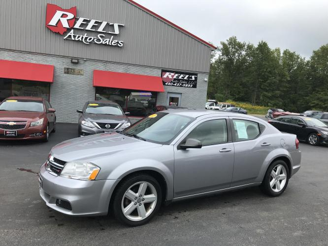 2013 Light Steel Gray Metallic /Tan/Black Dodge Avenger (1C3CDZAB1DN) with an 2.4L L4 DOHC 16V engine, Automatic transmission, located at 547 E. Main St., Orwell, OH, 44076, (440) 437-5893, 41.535435, -80.847855 - Photo #0