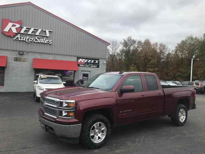 2015 Red /Black Chevrolet Silverado 1500 LT Double Cab 4WD (1GCVKREC2FZ) with an 5.3L V8 OHV 16V engine, 6-Speed Automatic transmission, located at 547 E. Main St., Orwell, OH, 44076, (440) 437-5893, 41.535435, -80.847855 - Photo #0