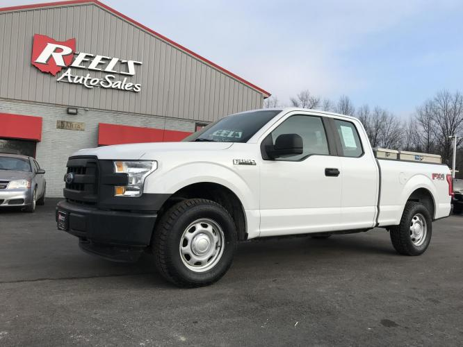 2015 White /Black Ford F-150 SuperCab 6.5-ft. Bed 4WD (1FTFX1EF2FF) with an 5.0L V8 engine, 6-Speed Automatic transmission, located at 547 E. Main St., Orwell, OH, 44076, (440) 437-5893, 41.535435, -80.847855 - Photo #0
