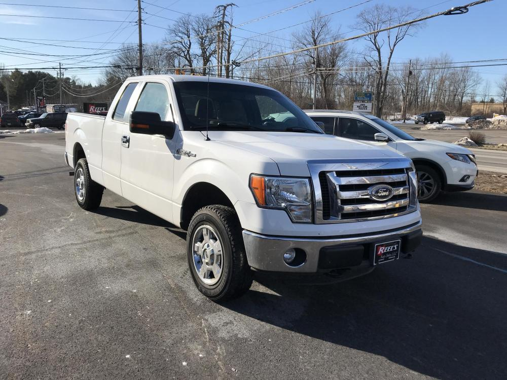 2011 White /Tan Ford F-150 XLT SuperCab 6.5-ft. Bed 4WD (1FTEX1EM4BF) with an 3.7L V6 DOHC 24V engine, 4-Speed Automatic transmission, located at 11115 Chardon Rd. , Chardon, OH, 44024, (440) 214-9705, 41.580246, -81.241943 - Photo #0