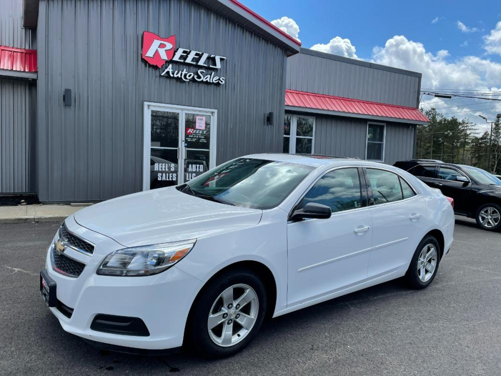 2013 White /5 Chevrolet Malibu LS (1G11B5SA7DU) with an 2.5L L4 DOHC 16V engine, 6-Speed Automatic transmission, located at 11115 Chardon Rd. , Chardon, OH, 44024, (440) 214-9705, 41.580246, -81.241943 - Photo #0
